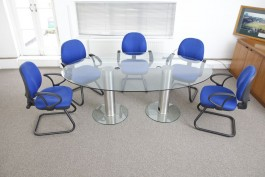 8-seater-oval-glass-meeting-table