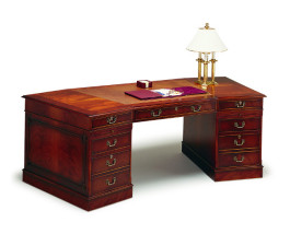 Chairmans-Desk-CD88-Back