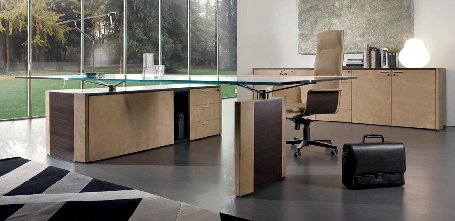 De Symetria Glass Executive Desk