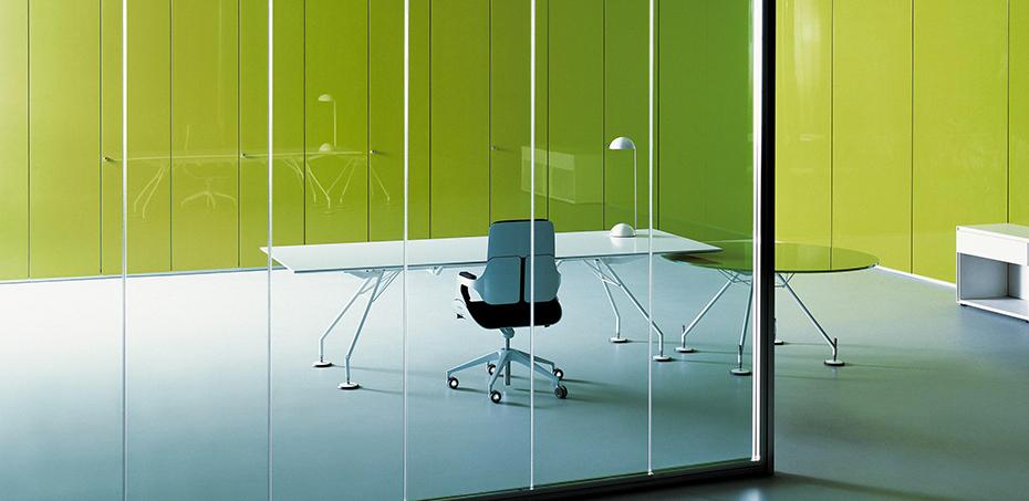 Executive Table Nomos