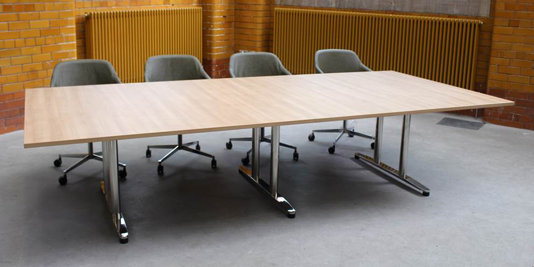 Alto Boardroom Table