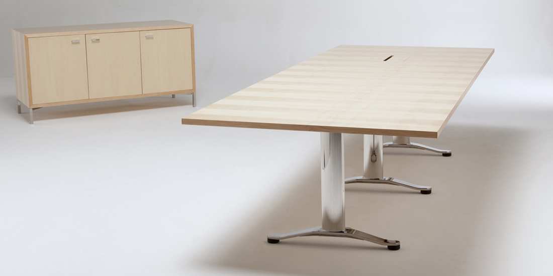 CIRRUS TABLE