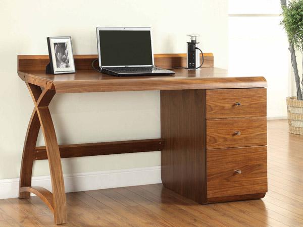 601 1300 3 Drawer Pedestal Desk
